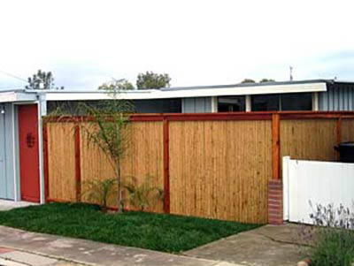 DiFranco Gate & Fence Company - Custom Bamboo Fences - Recessed Bamboo Fence with Trim Stained Posts - Petaluma, CA