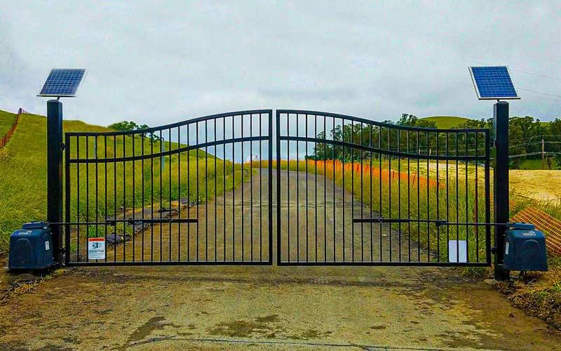 DiFranco Gate & Fence Company - Full-Service Custom Built Automated Gates, Fences, and Decks Construction Company - Custom Built Automated Gates, Fences, and Decks - Residential & Commercial Automated Gates, Fences, and Decks Contractor Services